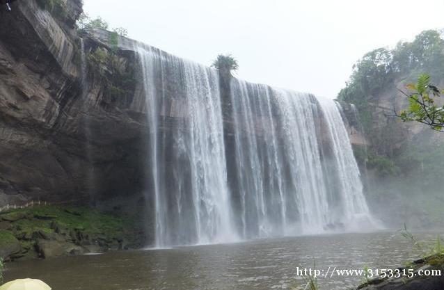 亚洲第一大瀑布-重庆旅游必去的地方——万州大瀑布群亚